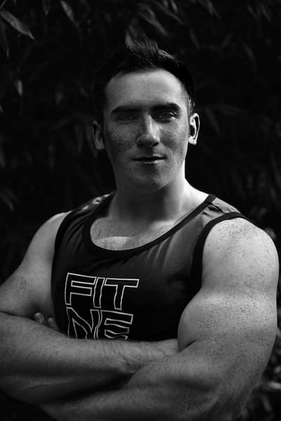Teammate - Crossfit - 2017.11.11 - athlete_Jeff - 8510 bw.jpg