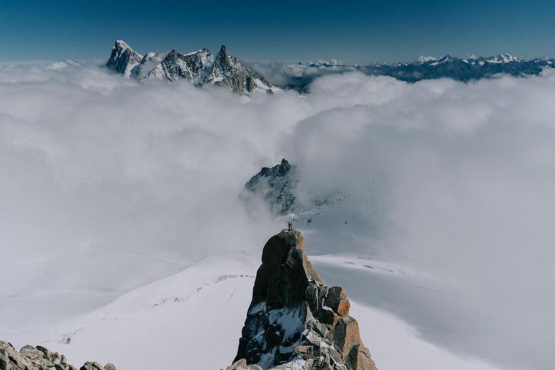 Tu-Nguyen-Destination-Wedding-Photographer-Chamonix-French-Alps-Paul-Hua-Yu-383.jpg