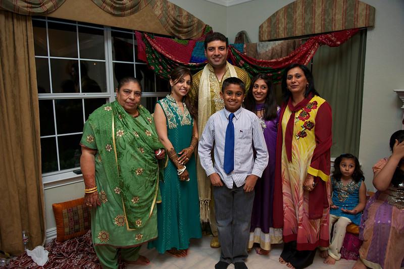 Rahim-Mehndi-2012-06-00502.jpg