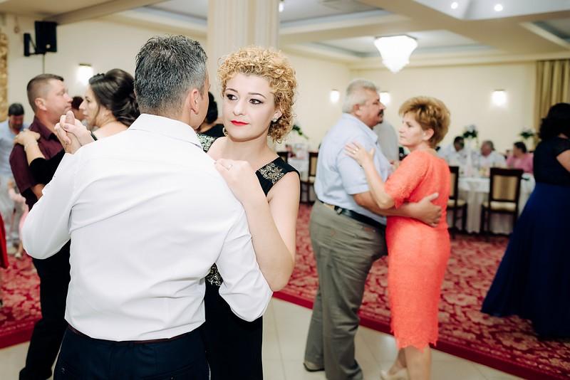 Gabriela & Nicolae-0830.jpg