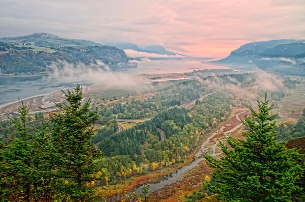 Columbia River Gorge and Hood  River Oregon