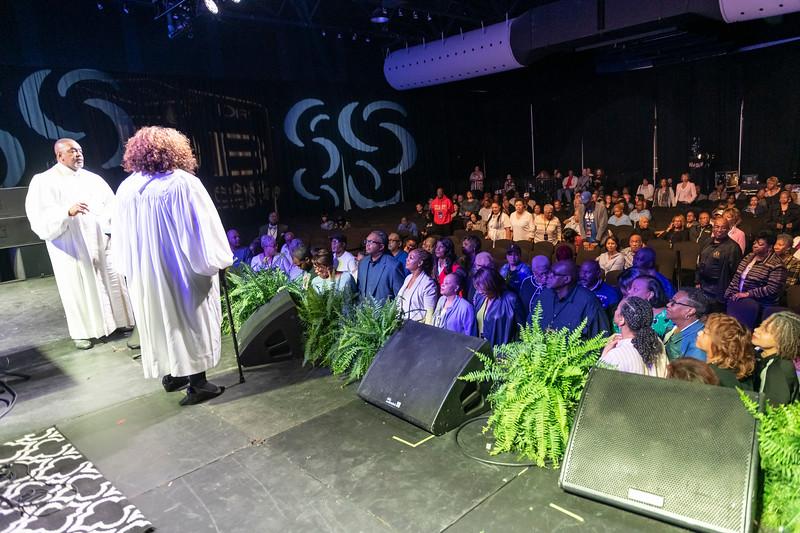Sunday Praise and Worship - 033.jpg