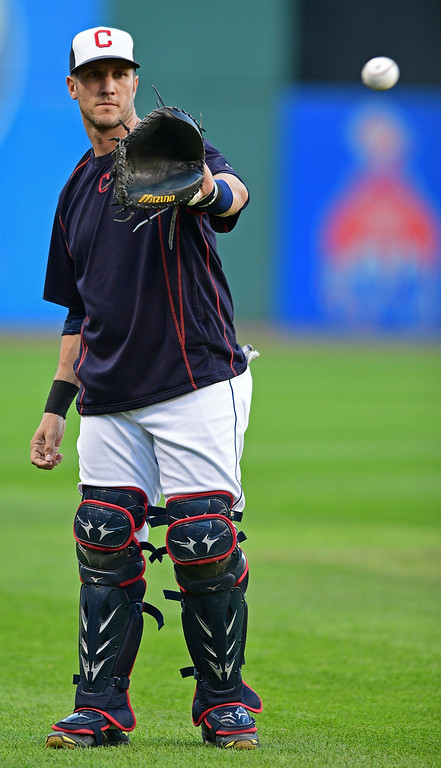 . Cleveland Indians\' Yan Gomes catches a ball during an infield team-workout, Tuesday Oct. 4, 2016, in Cleveland. The Indians start the American League Divisional Series against the Boston Red Sox on Thursday in Cleveland. (AP Photo/David Dermer)