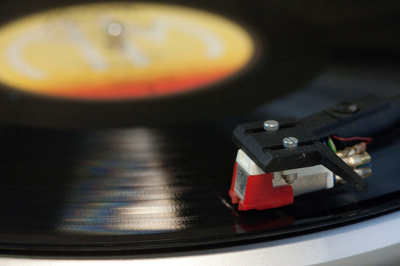 roos-roast-record-player.jpg