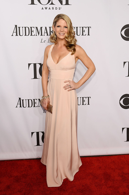 . Actress Kelli O\'Hara attends the 68th Annual Tony Awards at Radio City Music Hall on June 8, 2014 in New York City.  (Photo by Dimitrios Kambouris/Getty Images for Tony Awards Productions)
