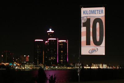 10K Mark - 2012 Detroit Free Press Marathon and Intl. Half