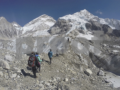 30-mountain-climbers-frostbitten-or-sick-on-everest-after-2-die-from-apparent-altitude-sickness