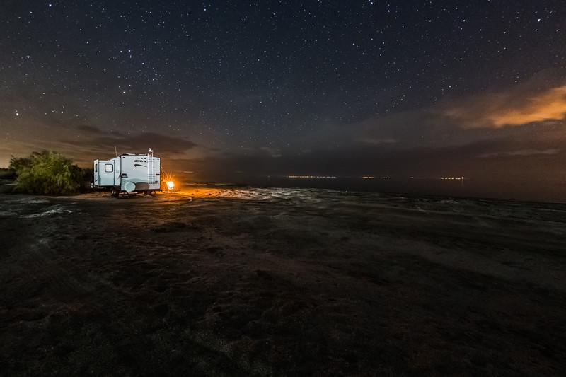 Camping at the North Shore of the Salton Sea