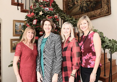 Garden Club Hosts Annual Holiday Tea
