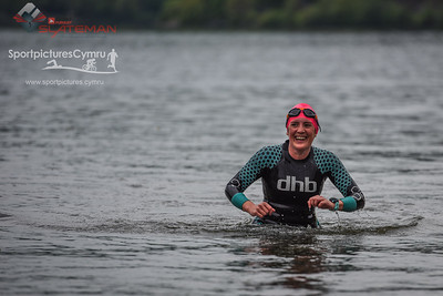 Sportpursuit Slateman Triathlon - Swim Exit Pink Hats