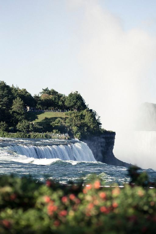 alexandergardner-Niagara-20110823-42