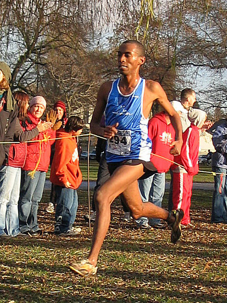 2005 Canadian XC Championships - Simon Bairu wins by 2 seconds in 30:04
