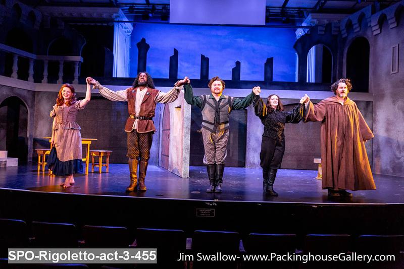 SPO-Rigoletto-act-3-455.jpg