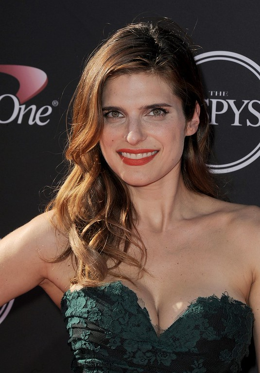 . Actress Lake Bell arrives at the ESPY Awards on Wednesday, July 17, 2013, at the Nokia Theater in Los Angeles. (Photo by Jordan Strauss/Invision/AP)