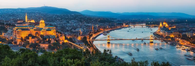Budapest-IMG_4816-Pano-web.jpg
