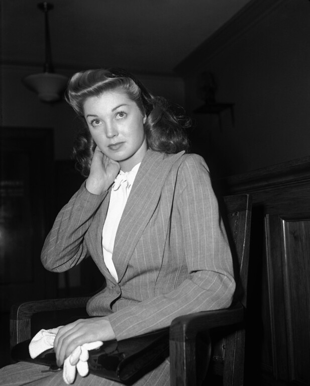 ". Esther Williams, former swimming champion now a movie actress, won a divorce from Dr. Leonard Kovner, Sept. 12, 1944, after testifying he maintained an attitude of criticism toward her and ""treated me and my friends with superiority and contempt.\"" (AP Photo/John T. Burns)"