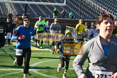 Finish, Gallery 4 - 2014 Big House 5K