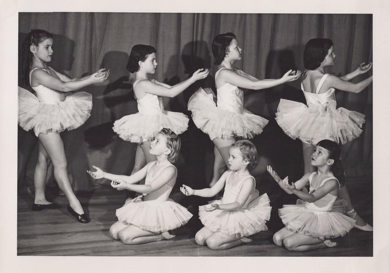 Dance_2925.jpg