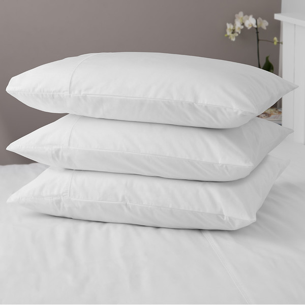 Pillow Stack 1024 Px.jpg