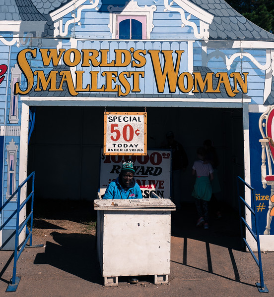 World's smallest woman at NC State Fair 2016