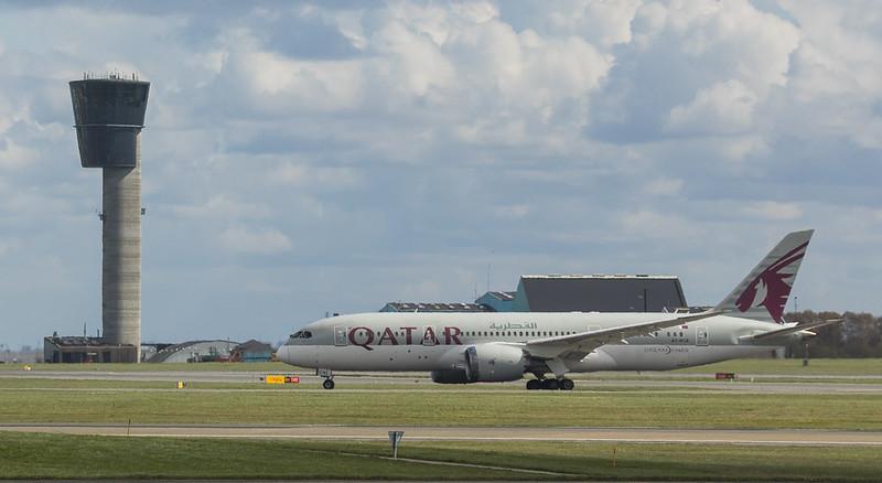 Qatar Airways Dreamliner Boeing B787-8 A7-BCB in Kopenhagen/DK.