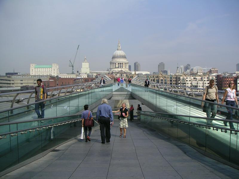 06 Walking Bridge.JPG