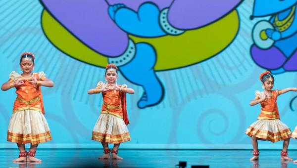004 Mooshika  Vahana Charanam