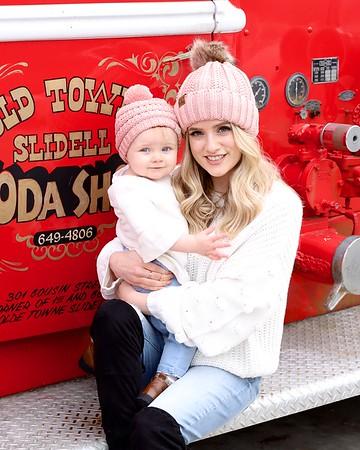 01--09-21 Megan & Stella's Mother-Daughter Photoshoot