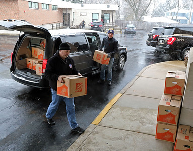 Elmhurst Elks to Yorkfield Food Pantry