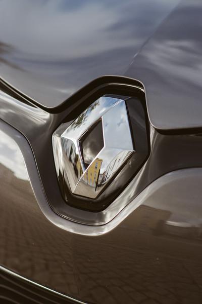 Renault-009.jpg