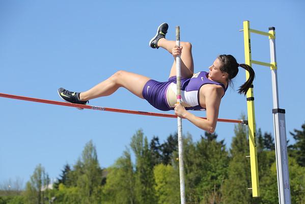 2013-05-04 UW Track & Field Meet - Womens Pole Vault