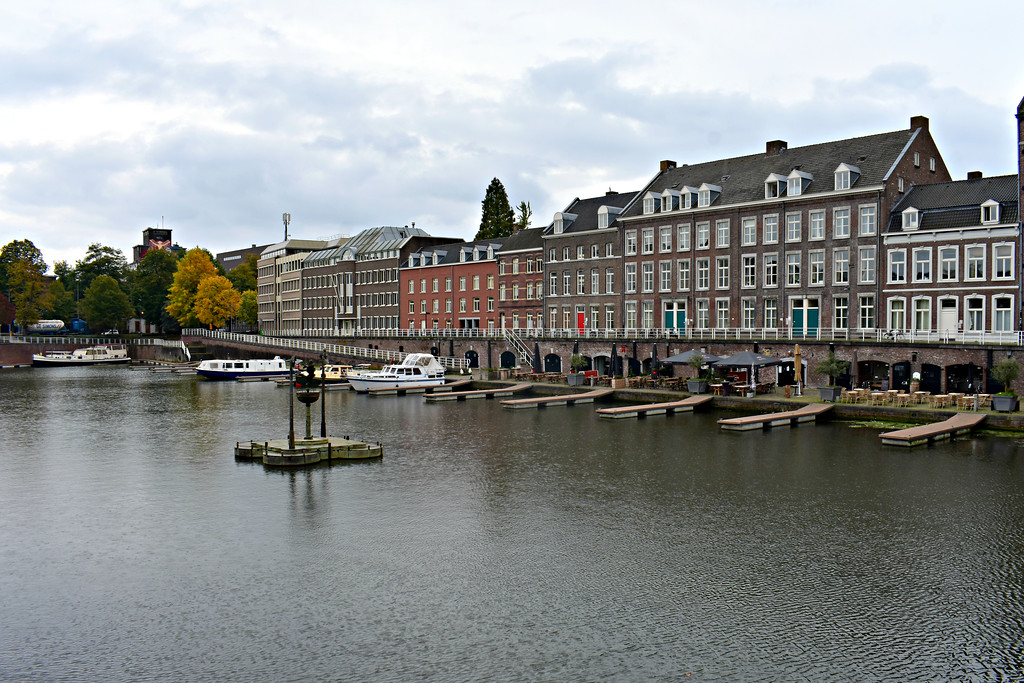 t Bassin marina harbour Maastricht Limberg Netherlands
