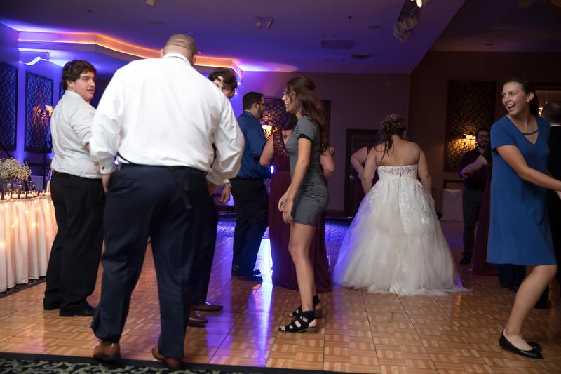 Amanda & Tyler Wedding 0930.jpg