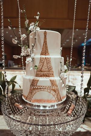 Cake, bouquet + garter