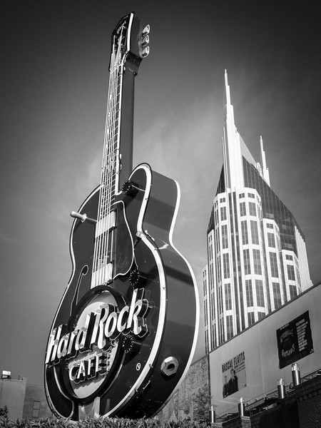 walking around nashville-20140617-07_01_58-rajnish gupta.jpg