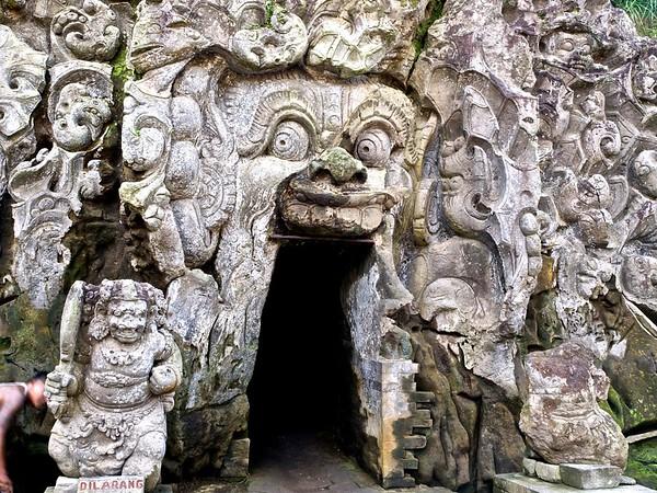 Elephant Cave, Bali 2017