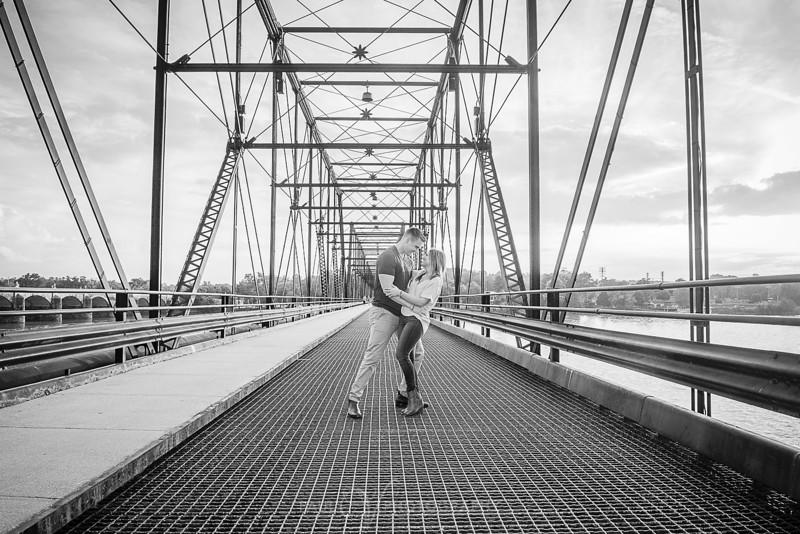 Riverfront harrisburg Engagement 091.jpg