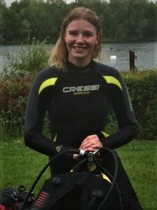 Emily Certifying PADI Advanced Diving Wraysbury.jpg