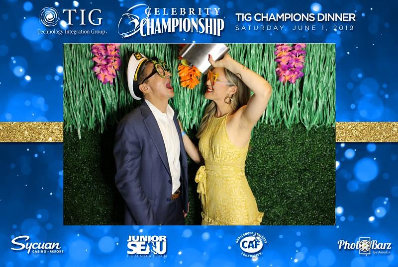 Celebrity Golf Sat Night55.jpg