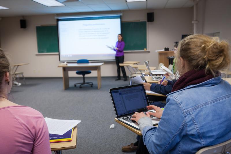 Rosa Tapia Classroom-51.jpg