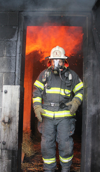 Live Fire Training, Citizens, American Hose, Tuscarora, Tamaqua, Training Grounds, Whitehall (11-30-2013)