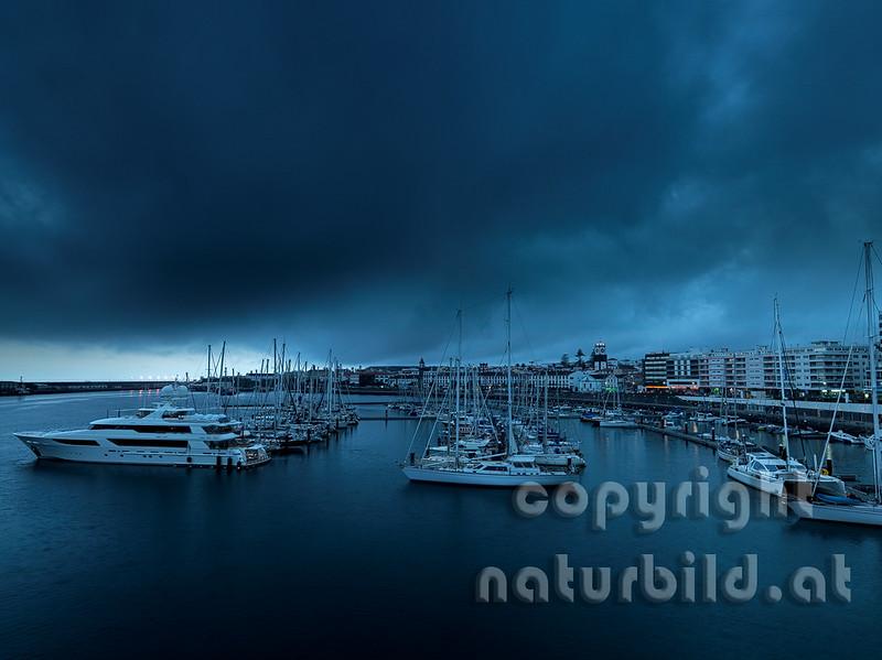 16ASM-5-55 - Hafen von Ponte Delgada