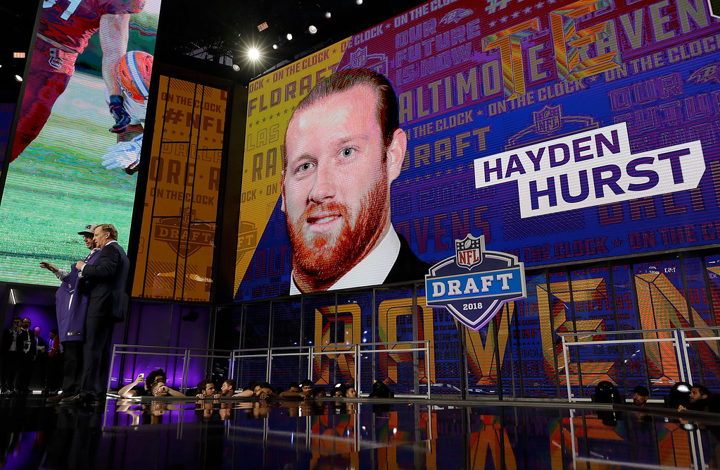 . Commissioner Roger Goodell poses with a fan after the Baltimore Ravens selected South Carolina\'s Hayden Hurst during the first round of the NFL football draft, Thursday, April 26, 2018, in Arlington, Texas. (AP Photo/David J. Phillip)