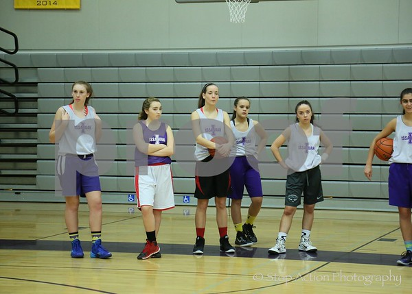 2015-12-03 Issaquah Varsity Girls Basketball mugshots