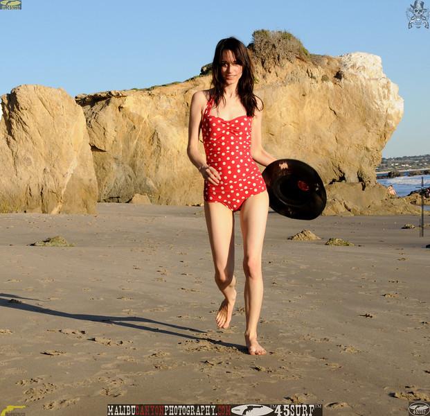matador swimsuit malibu model 1165..00...jpg