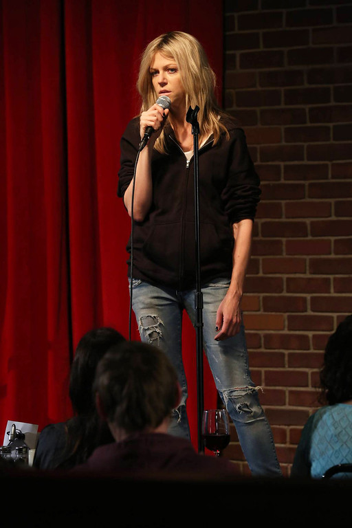 . IT\'S ALWAYS SUNNY IN PHILADELPHIA The Gang Broke Dee - Episode 1 (Season Premiere - Wednesday, September 4, 10:00 pm e/p) -- Pictured: Kaitlin Olson as Dee Reynolds -- CR: Patrick McElhenney/FX