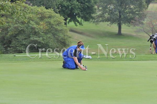 09-18-13 Sports WBL girls golf