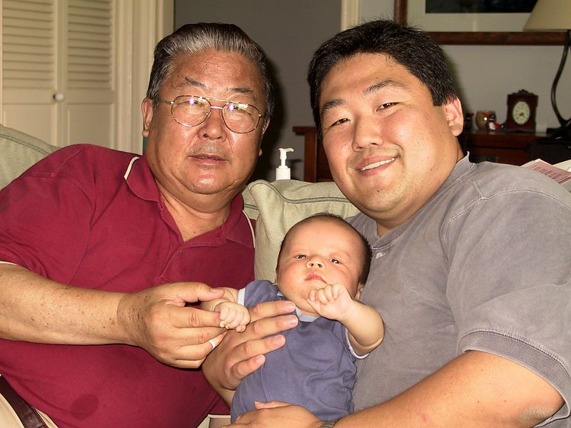 three_generations_of_hongs.jpg
