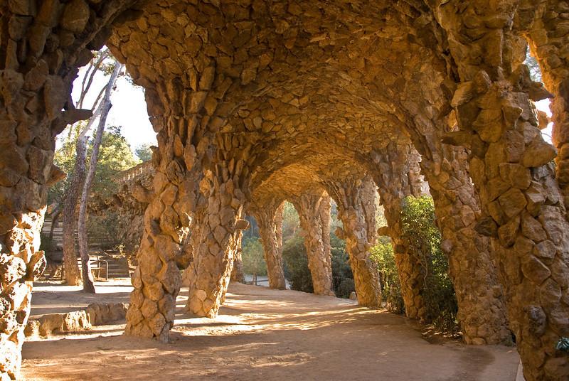 View of underside of walkway in Park Güell. (Dec 14, 2007, 10:00am)