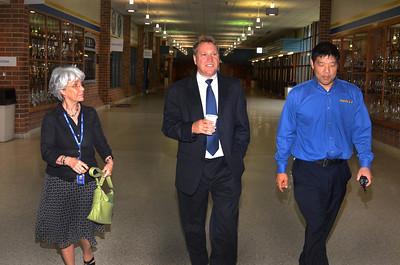 Welcome to Robinson's :Principal Matthew Eline